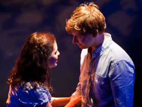 Emma Harrold and James Irving as Luisa and Matt